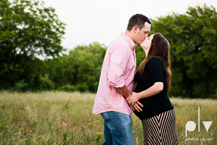 Brittany Garrett Baby Maternity couple Oliver Nature Park texas boy shoes Sarah Whittaker Photo La Vie-10.JPG
