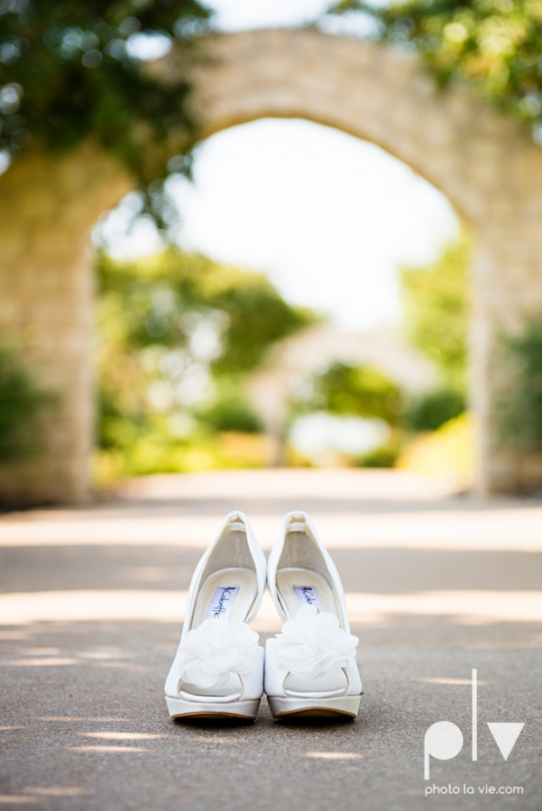 Wedding Summer Paradise Cove Texas DFW pink dress navy outside first look Sarah Whittaker Photo La Vie-5.JPG