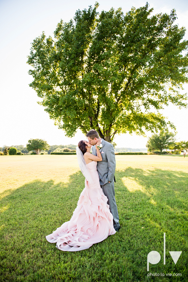 Wedding Summer Paradise Cove Texas DFW pink dress navy outside first look Sarah Whittaker Photo La Vie-17.JPG