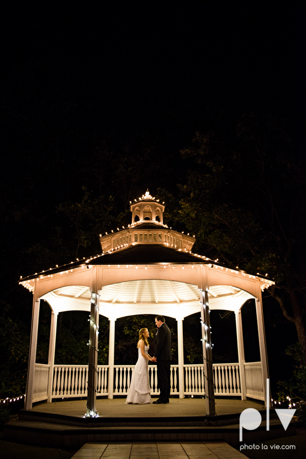 Wedding Chapel DFW photography October bride groom-21.JPG