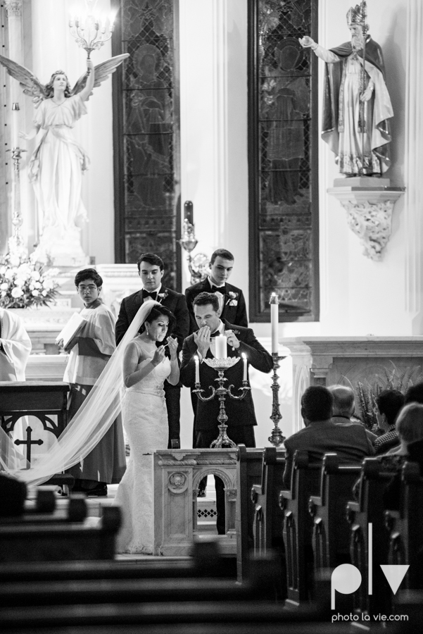 Fort Worth DFW Wedding photography downtown St Patricks Cathedral Ettas Place The Reata Rooftop Lip Service Creme de le Creme lace gold Sarah Whittaker Photo La Vie-32.JPG