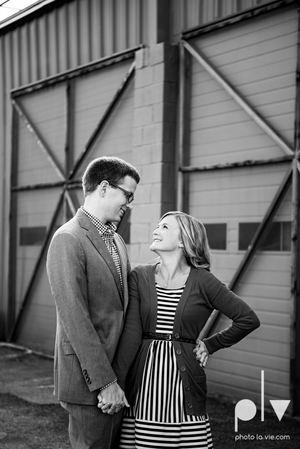 Engagement Fort Worth Texas portrait photography magnolia fall winter red couple Trinity park trees outside urban architecture Sarah Whittaker Photo La Vie-2.JPG