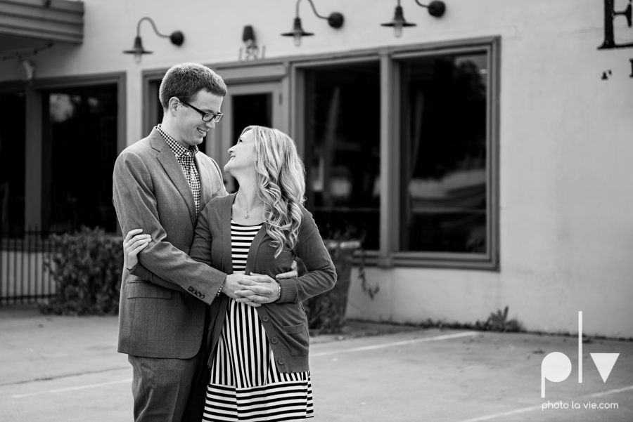 Engagement Fort Worth Texas portrait photography magnolia fall winter red couple Trinity park trees outside urban architecture Sarah Whittaker Photo La Vie-11.JPG