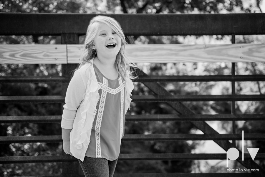 Fall Mini Session portrait family Oliver nature park center mansfield texas children girls Sarah Whittaker Photo La Vie-2.JPG