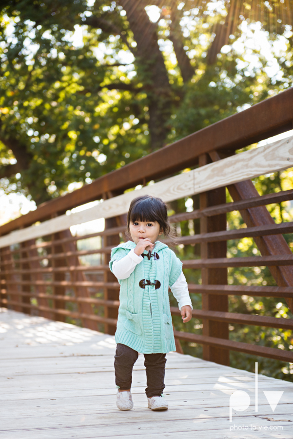 Fall Mini Session October Oliver Nature Park Center Mansfield Texas bridge outdoors kids Sarah Whittaker Photo La Vie-2.JPG