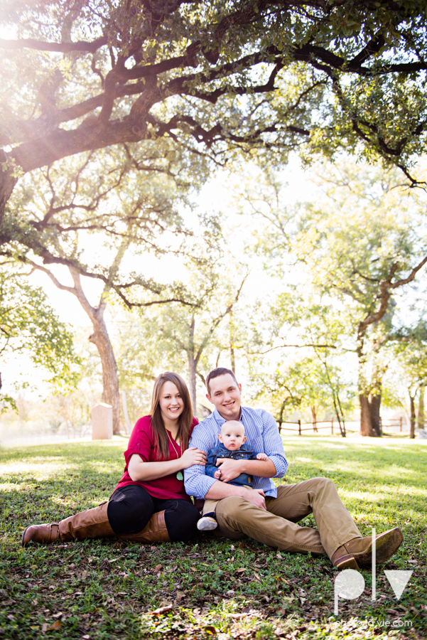 Fall Autumn mini sessions photography portrait family Fort Worth DFW Texas Van Zandt Cottage outdoors trees field fence Sarah Whittaker Photo La Vie-2.JPG