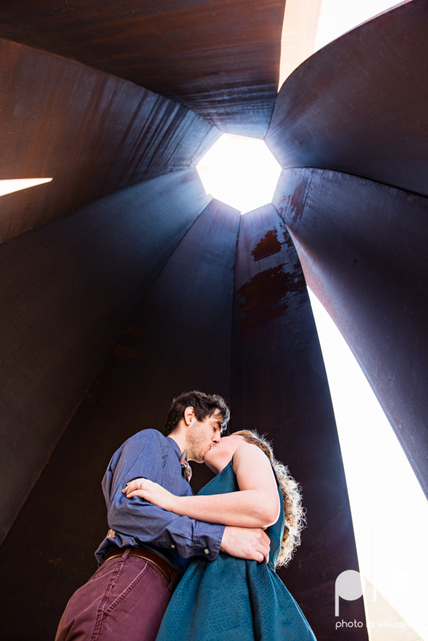 Marie Cord Fort Worth Engagement session Modern Art Museum Kimbell Piano architecture downtown urban wall wedding Sarah Whittaker Photo La Vie-6.JPG
