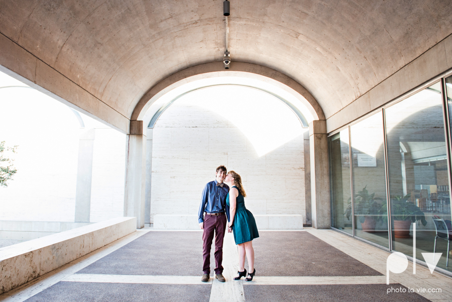 Marie Cord Fort Worth Engagement session Modern Art Museum Kimbell Piano architecture downtown urban wall wedding Sarah Whittaker Photo La Vie-9.JPG