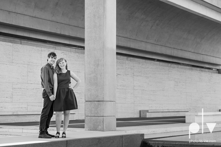 Marie Cord Fort Worth Engagement session Modern Art Museum Kimbell Piano architecture downtown urban wall wedding Sarah Whittaker Photo La Vie-11.JPG