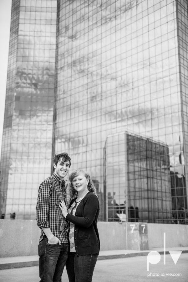 Marie Cord Fort Worth Engagement session Modern Art Museum Kimbell Piano architecture downtown urban wall wedding Sarah Whittaker Photo La Vie-20.JPG