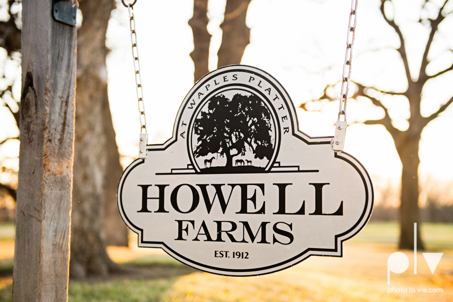 Howell Family Farms Styled Wedding session winter boho rustic floral barn architecture bride dainty dahlias creme cake bliss Lane Love  lace masculine cigar cat banner yarn spool Sarah Whittaker Photo La Vie-111.JPG
