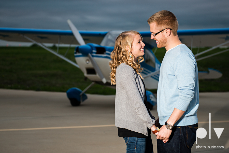 Allison JT engagement session Arlington Texas airport plane runway spring summer outdoors blue couple wedding DFW Dallas Fort Worth Sarah Whittaker Photo La Vie-7.JPG