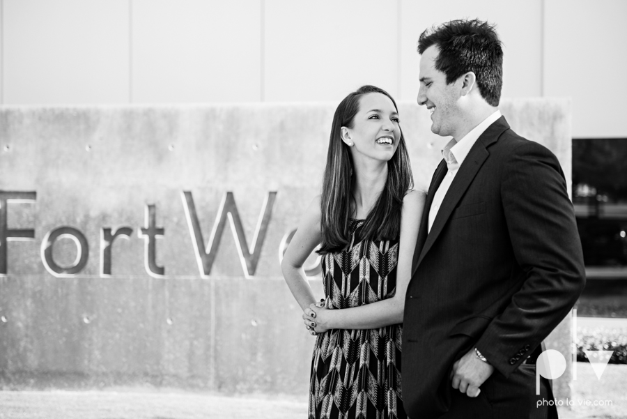 Lena Scott engagement session Modern Art Museum Fort Worth Sundance Square downtown architecture urban city wedding DFW Sarah Whittaker Photo La Vie-6.JPG