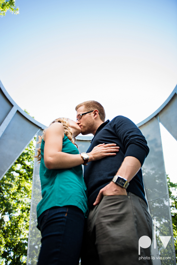 Allison JT wedding engagement session Dallas Texas Tx opportunity park pavilion architecture spring summer outside outdoors trees green modern Sarah Whittaker Photo La Vie-6.JPG