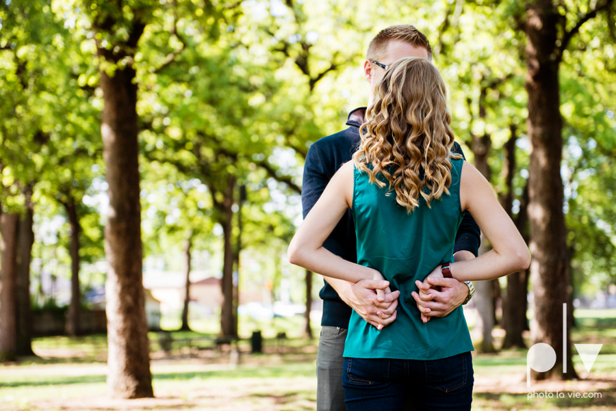 Allison JT wedding engagement session Dallas Texas Tx opportunity park pavilion architecture spring summer outside outdoors trees green modern Sarah Whittaker Photo La Vie-10.JPG