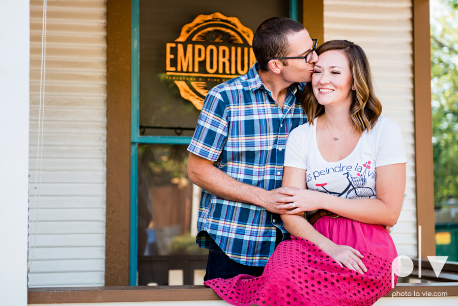kate jeff engagement photo session dallas texas bishop arts district oak cliff park emporium pies urban walls trees ring french Sarah Whittaker Photo La Vie-3.JPG