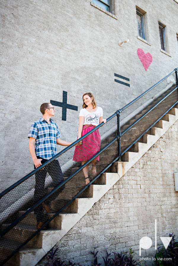 kate jeff engagement photo session dallas texas bishop arts district oak cliff park emporium pies urban walls trees ring french Sarah Whittaker Photo La Vie-9.JPG