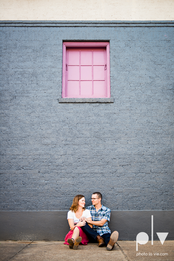 kate jeff engagement photo session dallas texas bishop arts district oak cliff park emporium pies urban walls trees ring french Sarah Whittaker Photo La Vie-11.JPG