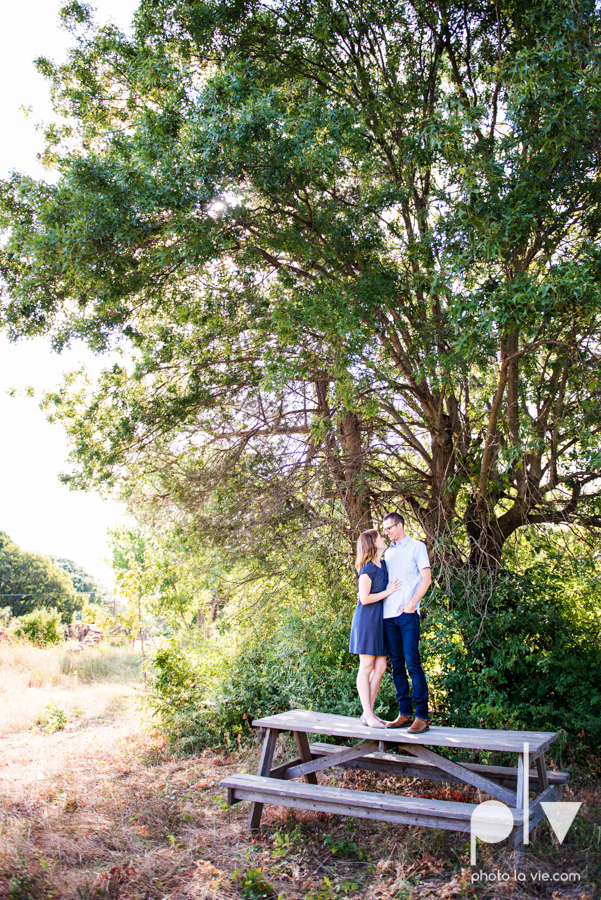 kate jeff engagement photo session dallas texas bishop arts district oak cliff park emporium pies urban walls trees ring french Sarah Whittaker Photo La Vie-18.JPG