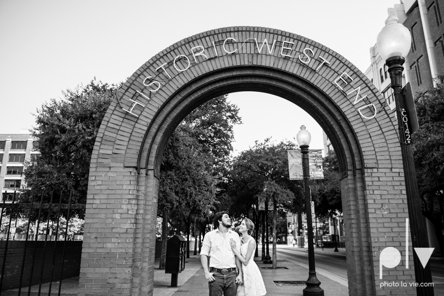 Demi Keith engagement photo session downtown Dallas Texas White Rock Lake summer architecture urban historic trees pier dock modern Sarah Whittaker Photo La Vie-7.JPG