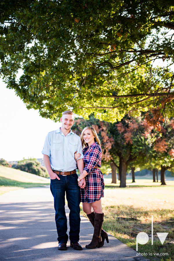 Alissa Adam Fort Worth Engagment Session Trinity River Joe T Garcias restaurant patio bridge fall outdoors texas couple adorable modern plaid Sarah Whittaker Photo La Vie-2.JPG