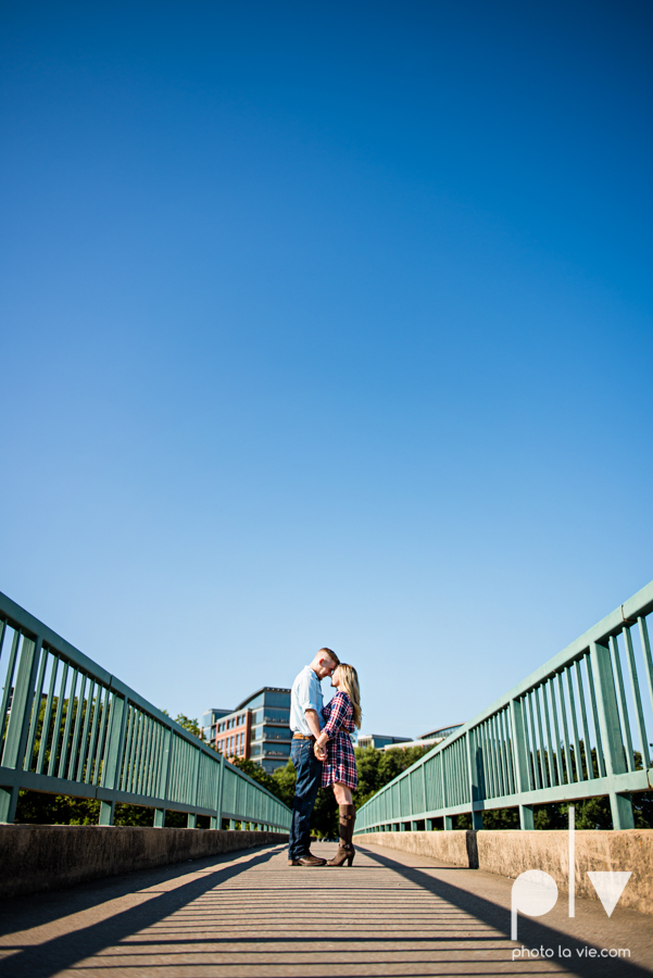 Alissa Adam Fort Worth Engagment Session Trinity River Joe T Garcias restaurant patio bridge fall outdoors texas couple adorable modern plaid Sarah Whittaker Photo La Vie-7.JPG