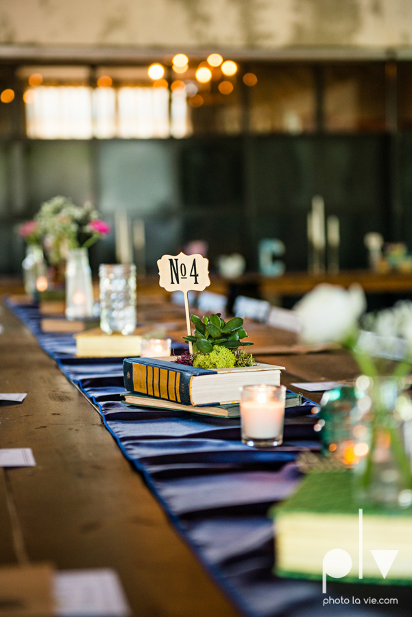 Marie Cord wedding Georgetown Union on Eighth Texas architecture modern vintage industrial books thegoodreads read Sarah Whittaker Photo La Vie-39.JPG