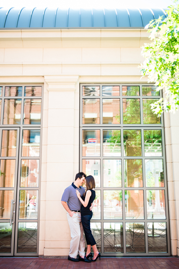 Photo La Vie Sarah Whittaker wedding photographer engagement photography DFW Dallas Fort Worth downtown sundance square fort worth modern art museum couple summer-4.JPG