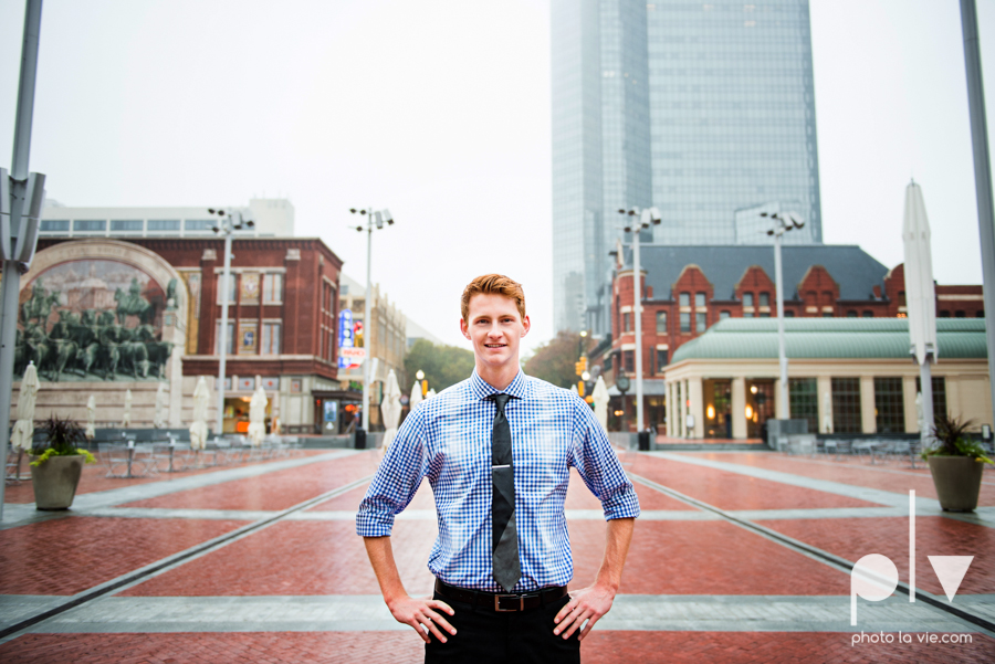 Twin gingers red hair head boys brothers senior photos fort worth downtown sundance square trinity park T&P building Sarah Whittaker Photo La Vie-3.JPG