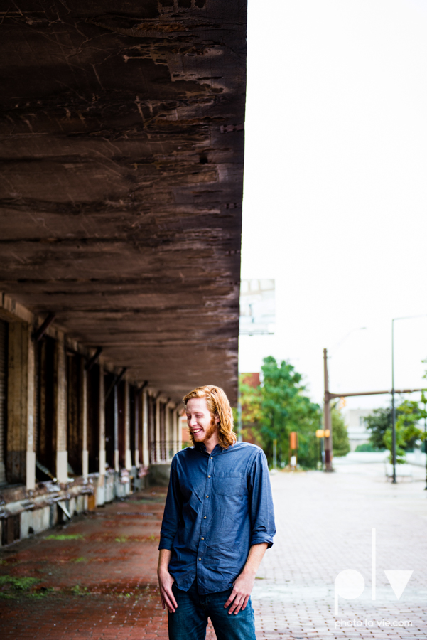 Twin gingers red hair head boys brothers senior photos fort worth downtown sundance square trinity park T&P building Sarah Whittaker Photo La Vie-17.JPG