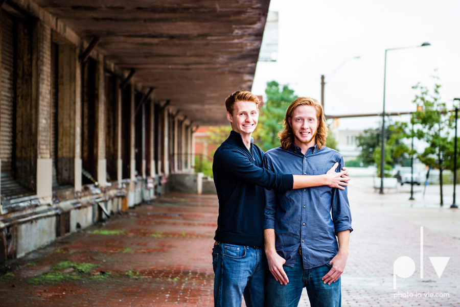 Twin gingers red hair head boys brothers senior photos fort worth downtown sundance square trinity park T&P building Sarah Whittaker Photo La Vie-18.JPG