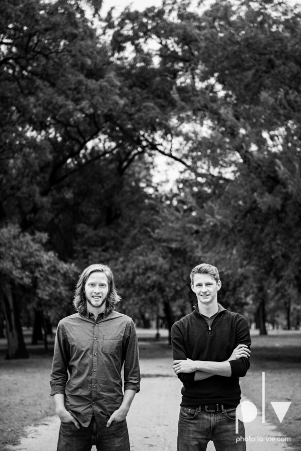 Twin gingers red hair head boys brothers senior photos fort worth downtown sundance square trinity park T&P building Sarah Whittaker Photo La Vie-24.JPG