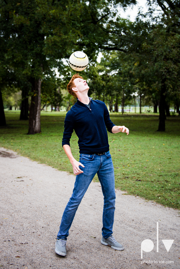 Twin gingers red hair head boys brothers senior photos fort worth downtown sundance square trinity park T&P building Sarah Whittaker Photo La Vie-28.JPG