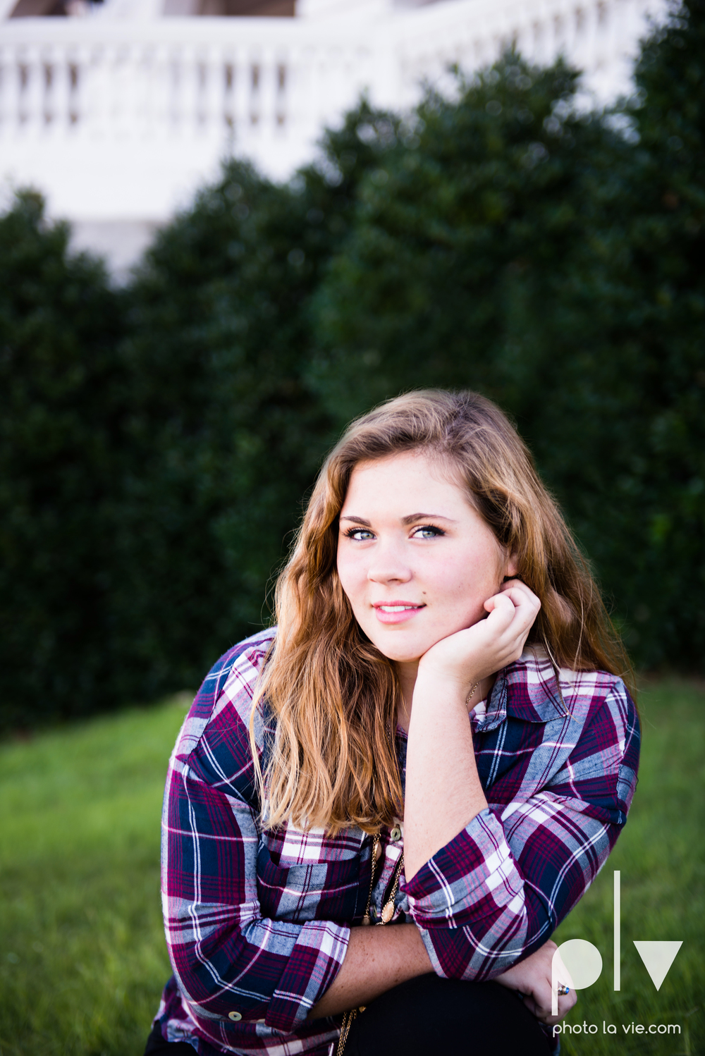 Abi senior session photo DBU dallas dfw texas girl high school campus fall winter plaid dress purple guitar Sarah Whittaker Photo La Vie-9.JPG
