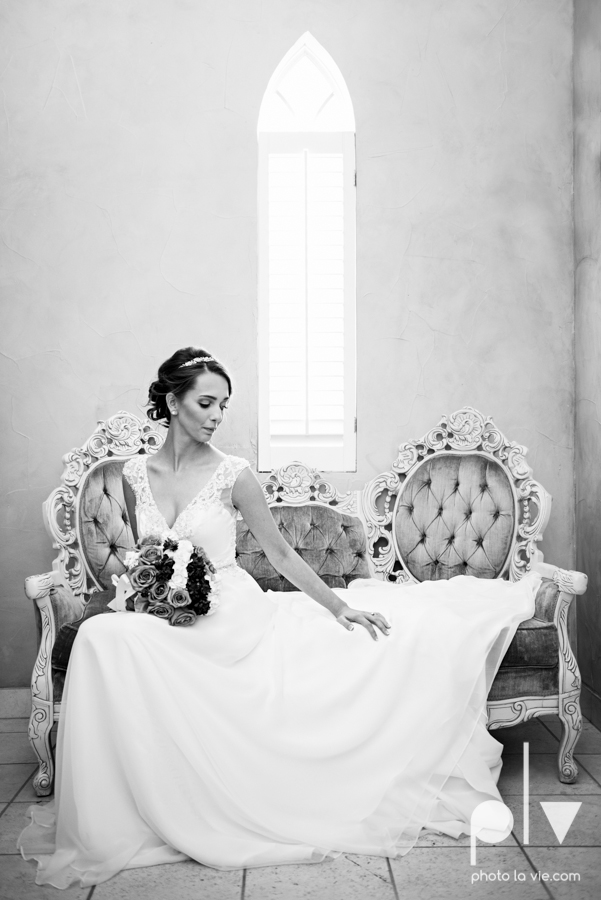 Lena Scott TheNewlywedNeills DFW Dallas Fort Worth Wedding Fall Thanksgiving lace purple Sarah Whittaker Photo La Vie-10.JPG