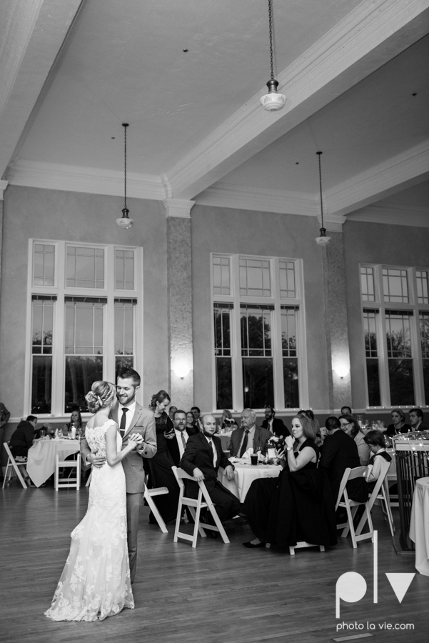 Allison JT Fort Worth Wedding DFW Marty Leonard Chapel November fall autumn Marquis  on Magnolia purple gray architecture lace Sarah Whittaker Photo La Vie-50.JPG