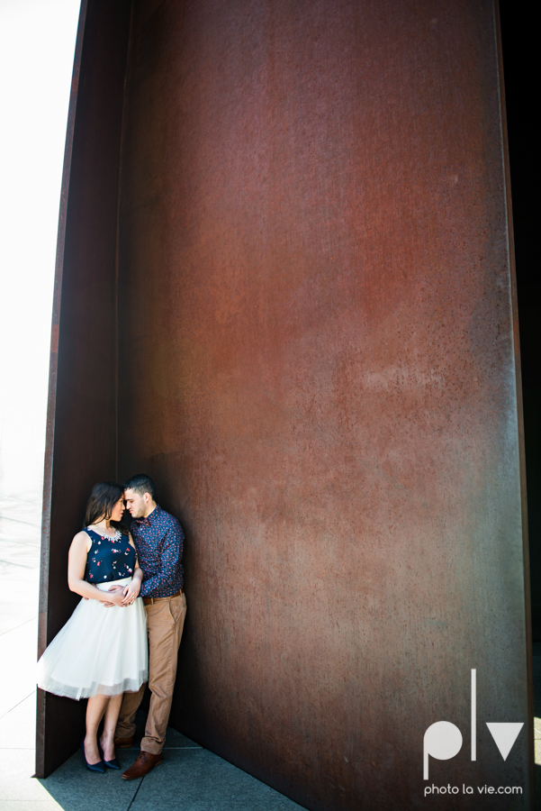 Mabel Hector engagement session Fort Worth Texas The Modern Art Museum The Kimbell kahn ando piano hot pink couple engaged ring shot texture winter architecture modern Sarah Whittaker Photo La Vie-8.JPG