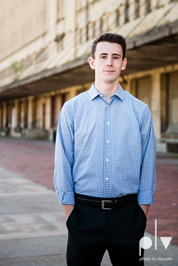 Colin Senior session portraits downtown fort worth T&P station Trinity Park DFW boy Mansfield high school band urban walls light trees outdoors sarah whittaker Photo La Vie-7.JPG