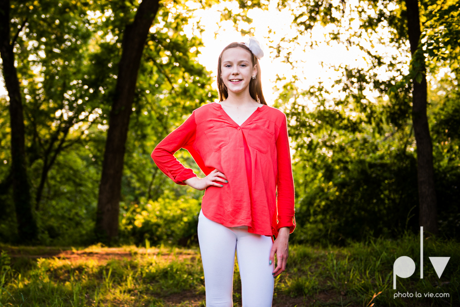 sisters girls children siblings mansfield texas park oliver nature spring mini session Sarah Whittaker Photo La Vie-5.JPG
