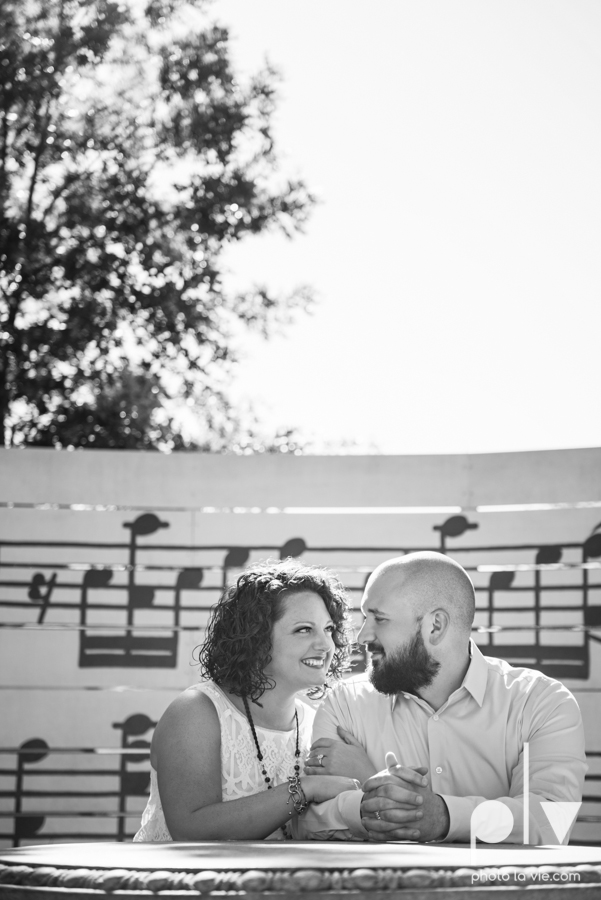 engagement session DFW couple Dallas bishiop arts district white rock lake summer outdoors suitcase docks water trees urban walls colors vines emporium pies Sarah Whittaker Photo La Vie-9.JPG