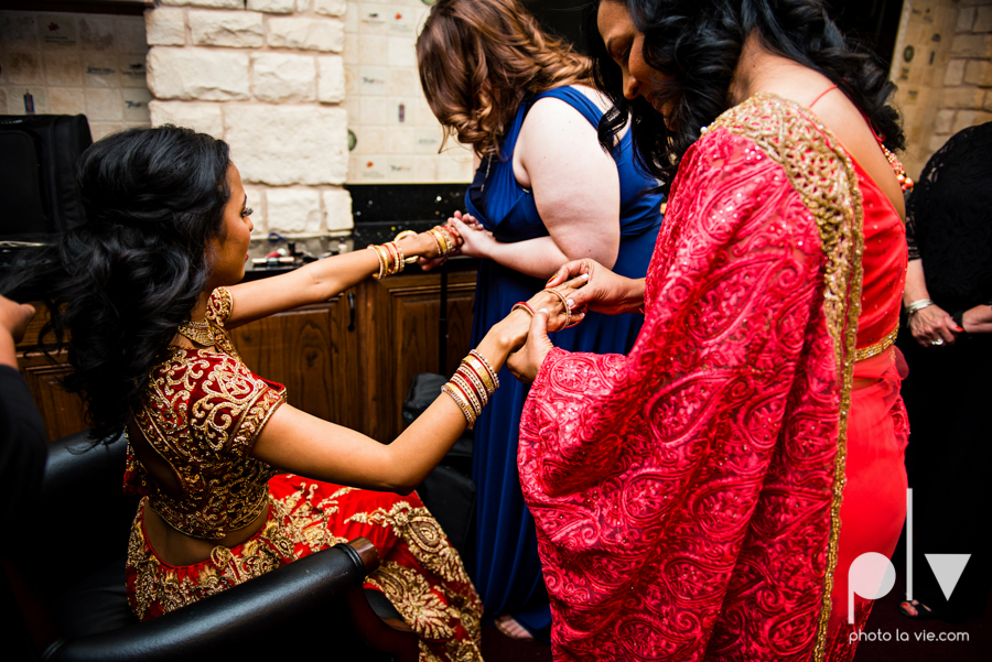 Debbie Trevor wedding ruthe jackson center dfw texas multicultural indian india traditional christian lights Sarah Whittaker Photo La Vie-30.JPG
