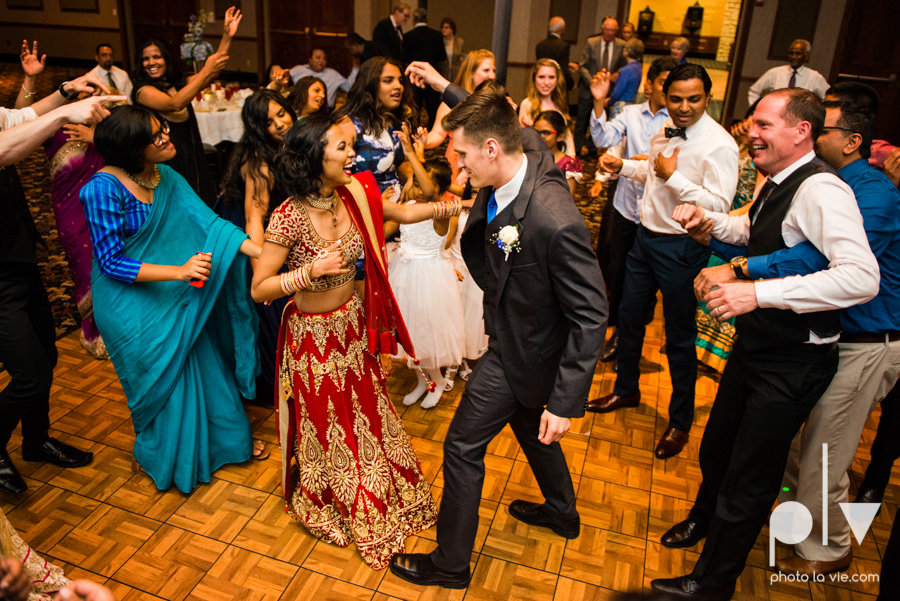 Debbie Trevor wedding ruthe jackson center dfw texas multicultural indian india traditional christian lights Sarah Whittaker Photo La Vie-40.JPG