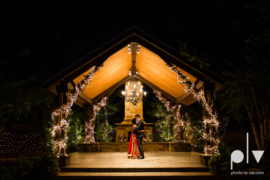 Debbie Trevor wedding ruthe jackson center dfw texas multicultural indian india traditional christian lights Sarah Whittaker Photo La Vie-45.JPG
