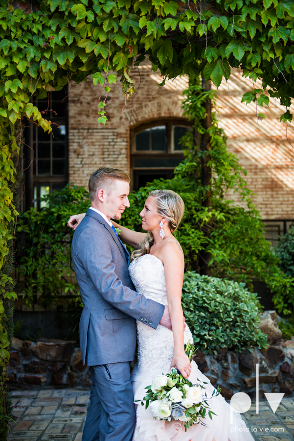 alyssa adam schroeder wedding mckinny cotton mill dfw texas outdoors summer wedding married pink dress vines walls blue lights Sarah Whittaker Photo La Vie-17.JPG