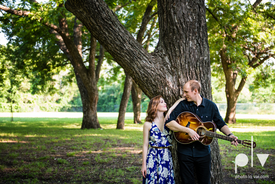 Tori Robert engagement session esession DFW Dallas Bishop Arts District Park Field tx couple guitar ring mural urban walls trees outdoors summer spring emporium pies music poplove Sarah Whittaker Photo La Vie-15.JPG
