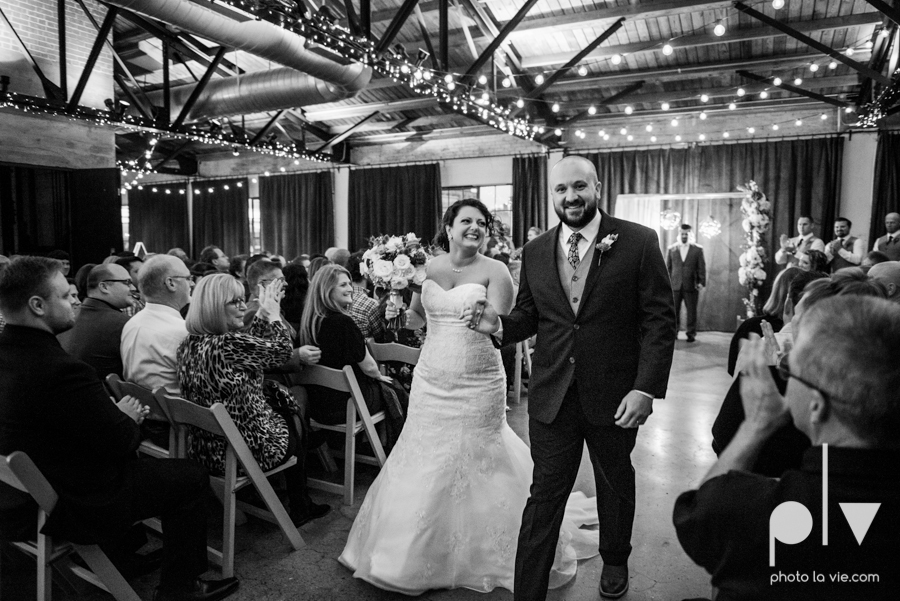 potts wedding hickory street annex dallas texas tx bride groom couple floral blues fabulous lighting donuts cake Tara Todd Sarah Whittaker Photo La Vie-30.JPG