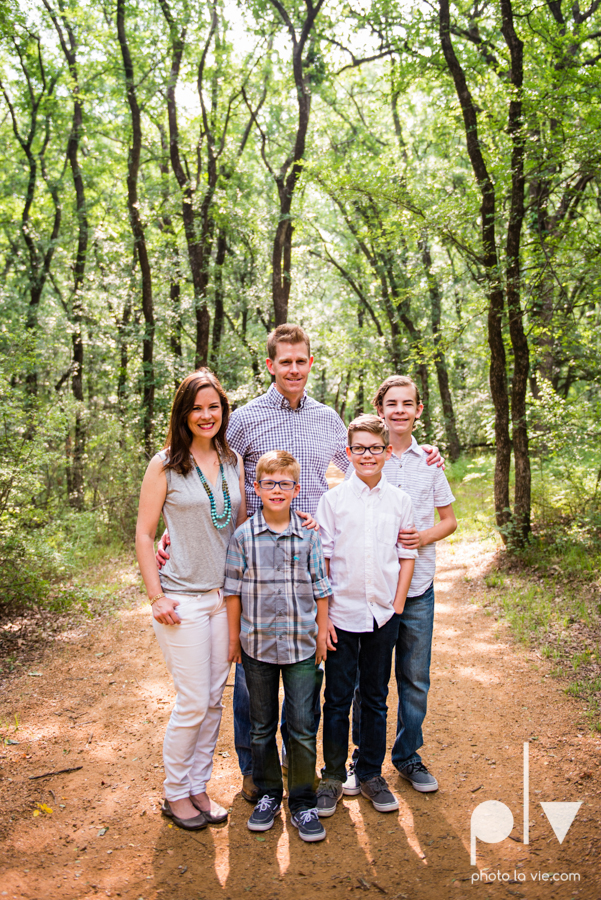 Rudd Family boys mansfield texas dfw oliver nature park spring summer outfits family portraits Sarah Whittaker Photo La Vie-1.JPG
