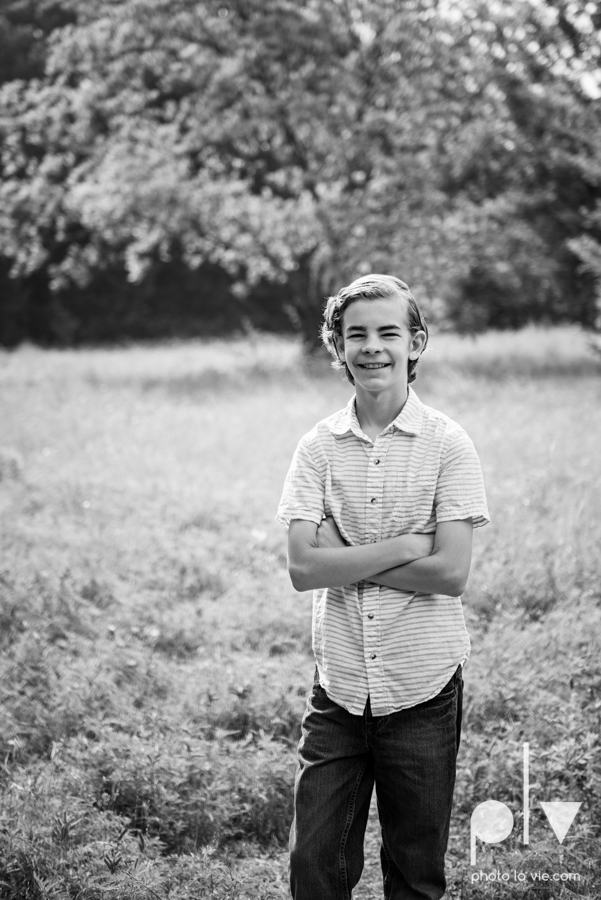 Rudd Family boys mansfield texas dfw oliver nature park spring summer outfits family portraits Sarah Whittaker Photo La Vie-7.JPG