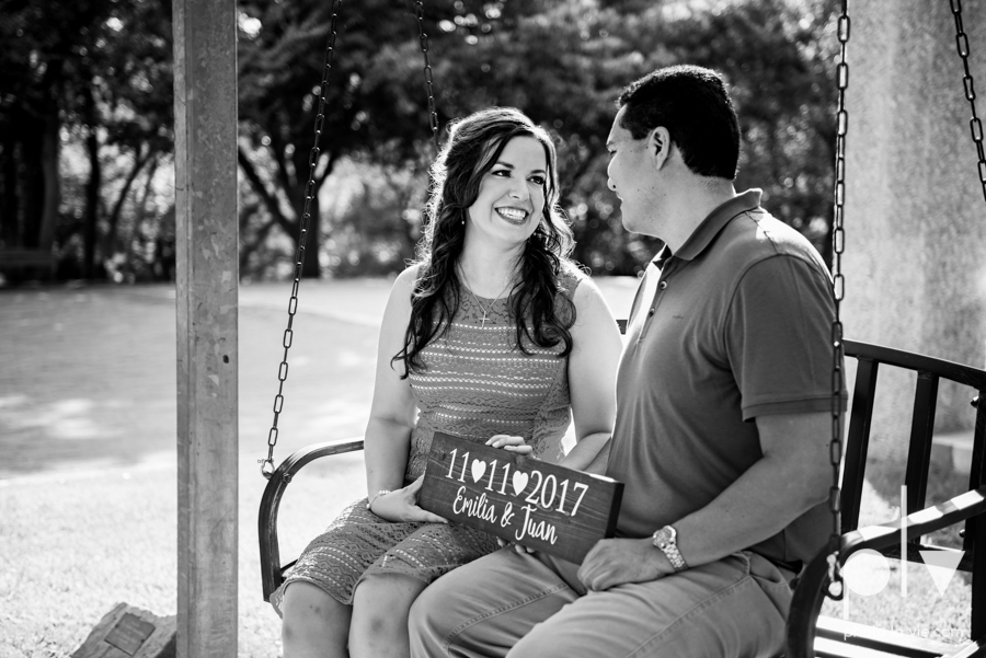 DFW engagement session Dallas hunt hill bridge pedestrian bridge University of Dallas couple DU summer Photo La Vie-4.JPG