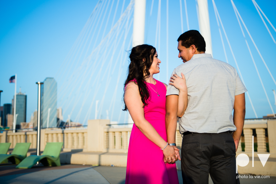 DFW engagement session Dallas hunt hill bridge pedestrian bridge University of Dallas couple DU summer Photo La Vie-16.JPG